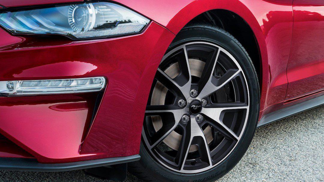 especificações do Ford Mustang