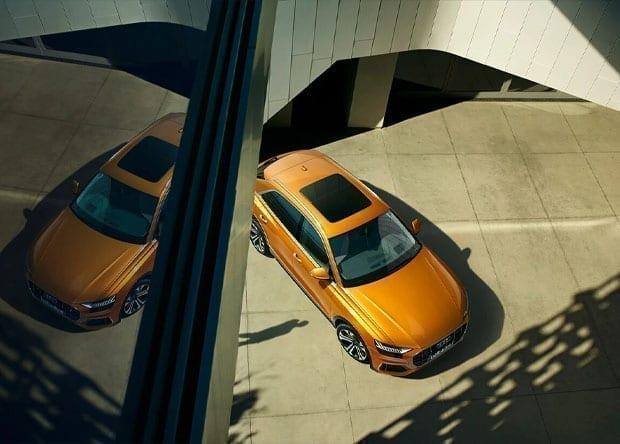 design do tejadilho panorâmico do Audi Q8
